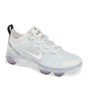 Women's Nike Air VaporMax 2019 Sneaker size 6.5
